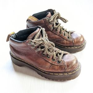 DOC MARTENS Vintage England Chunky Platform Boots